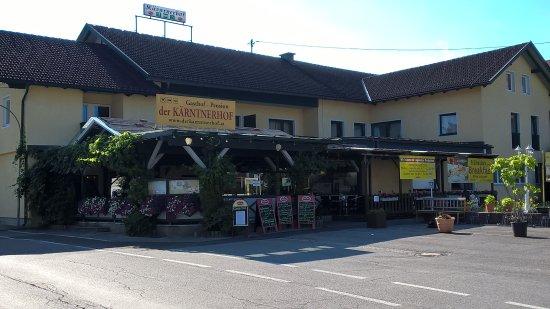 Karntnerhof: esterno