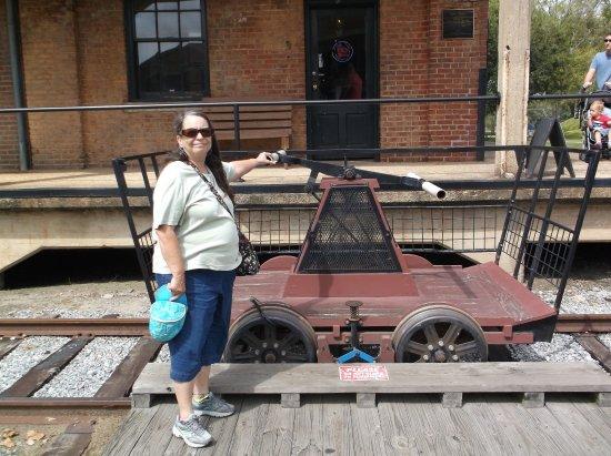 Georgia State Railroad Museum: Handcar