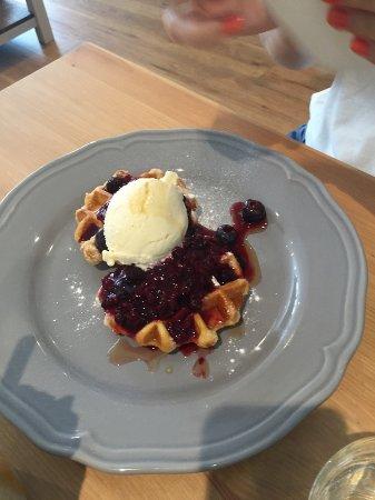 St Ives, UK: Yummy Waffles