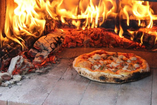 Suwanee, GA: Woodfired Pizza!