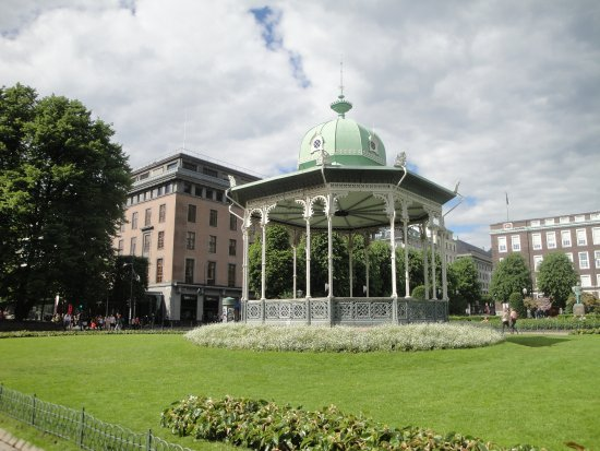 Excellent Edward Grieg Statue Review Of Byparken Bergen Norway Cjindustries Chair Design For Home Cjindustriesco