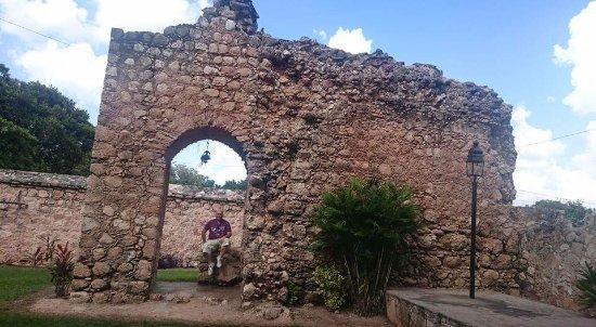 Convento de San Bernardino de Siena: ruinas
