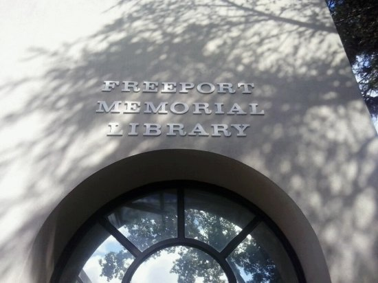 ‪Freeport Memorial Library‬