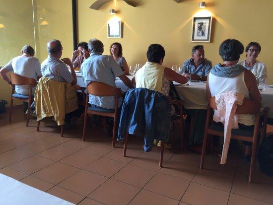 Фальсет, Испания: Inside