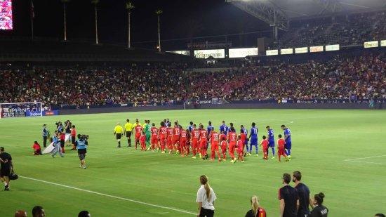 Carson, CA: Leicester City v PSG