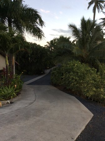 Sea Change Villas: Short walk to beach