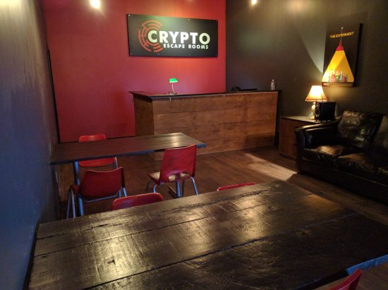 Newmarket, Canada: Lobby at Crypto Escape Rooms