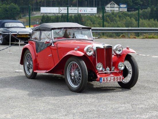 Circuit de Spa Francorchamps : Un bijou parmi tant d'autres....ici une ancienne MG