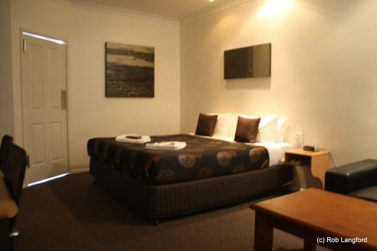 ascot lodge motor inn kingaroy 2018 prices reviews. Black Bedroom Furniture Sets. Home Design Ideas