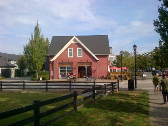 Pitt Meadows, Canada : view of cafe