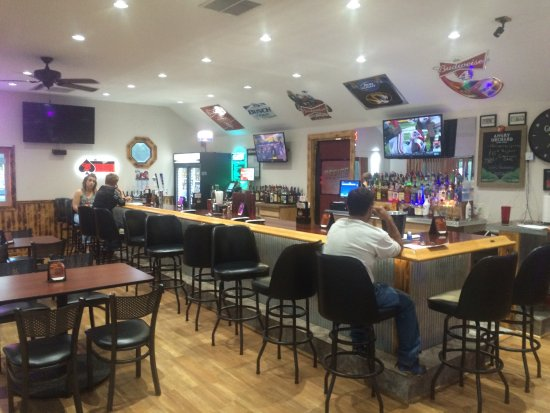 Mexico, MO: The Office Pub and Grill