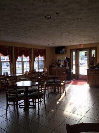 Grayling, MI: Breakfast Area