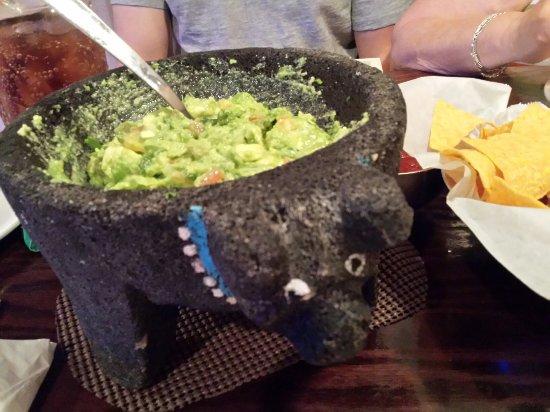 plaza azteca sterling tableside guacamole best in town