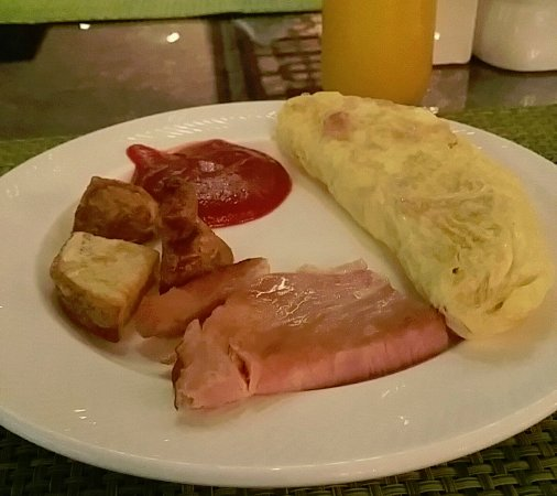 「The Portman Ritz-Carlton, Shanghai breakfast」の画像検索結果