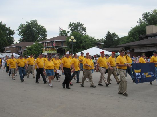 Iowa State Fairgrounds: Parade for Veterans Day at Iowa State Fair!