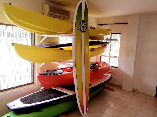 Kayak Club and Hostel Beach Lovers