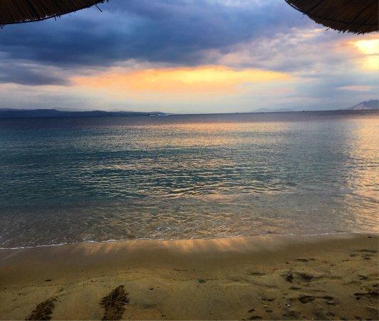 Vromolimnos Beach
