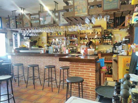 Peralejos De Las Truchas, Spain: El Nuevo Reciklao