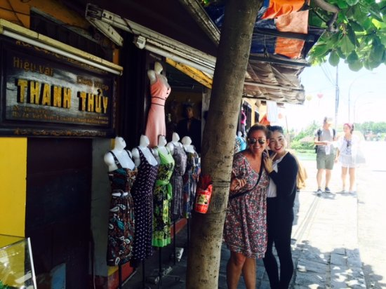Thanh Thuy Cloth Shop