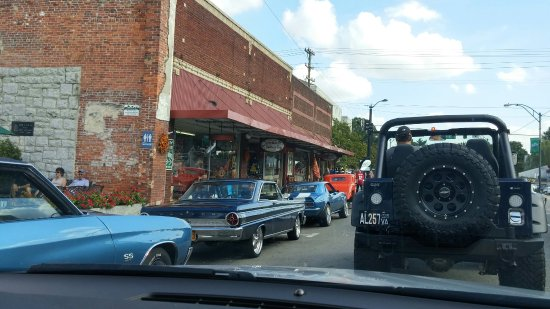 Mount Airy, NC: Car show Downtown Mt. Airy, NC
