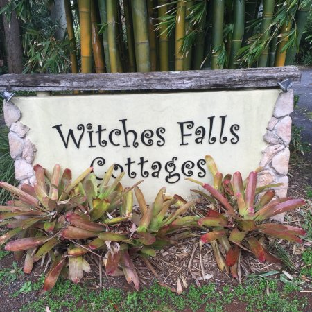 Witches Falls Cottages: photo0.jpg
