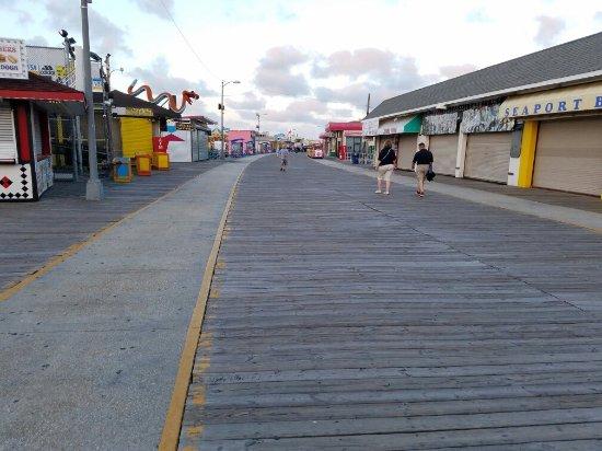 Wildwood Boardwalk: 20160917_065916_large.jpg