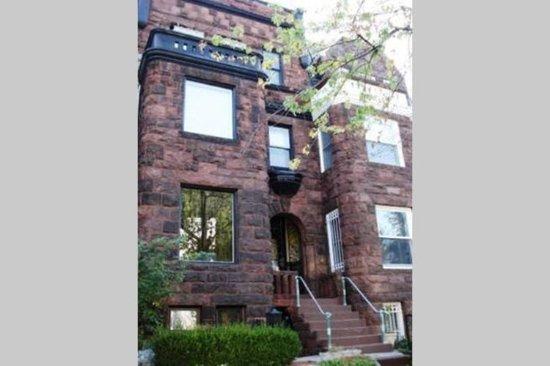 Ivy Mansion at Dupont Circle: Exterior of property