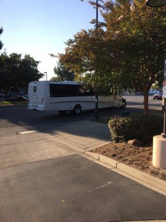Petaluma, CA: Bus exterior