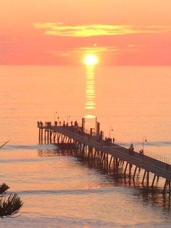 Glenelg, Australien: Sunset from room 518