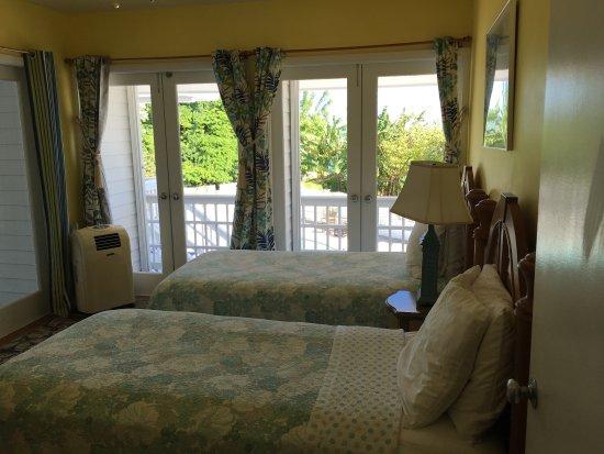 Cudjoe Key, FL: Bedroom