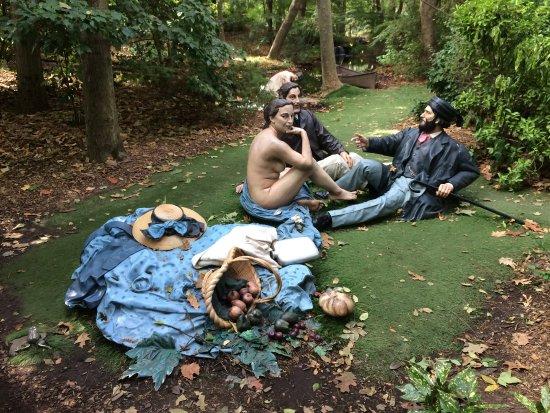 Hamilton, NJ : Installation at GFS after Manet painting Le Déjeuner sur l'herbe