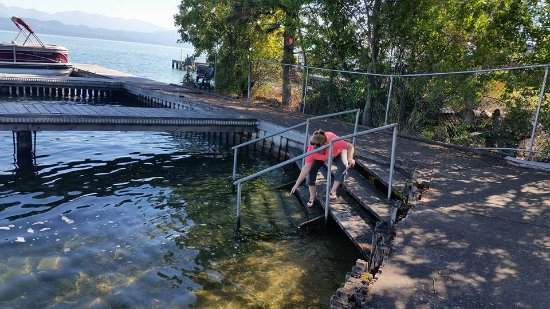 Lakeside, MT: There is stairs to get into the water which made it easy