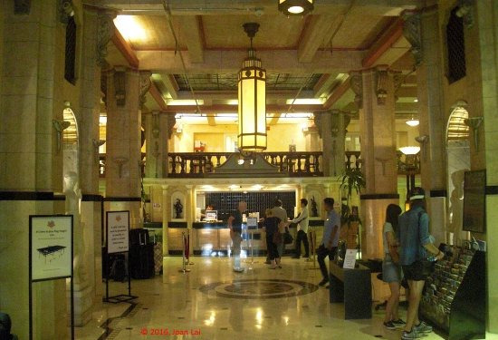 Stay on Main Hotel and Hostel: Entrance of the Hotel!