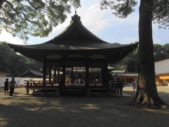 Musashi Ichinomiya Hikawa Shrine : 境内1