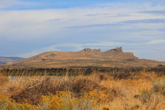 Tulelake, CA: An interesting landscape feature viewed from Tule Lake