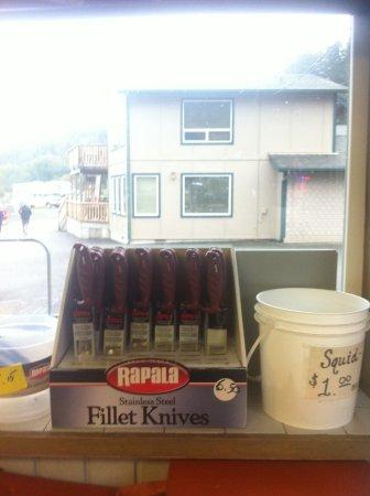 Van Riper's Resort: Get filet fishing knives and gear here