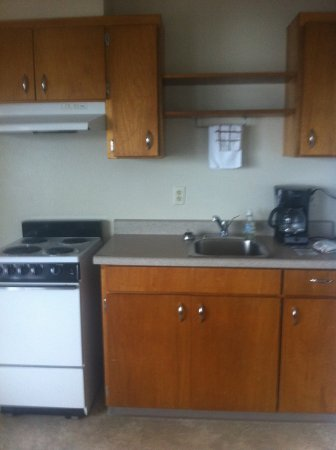 Van Riper's Resort: Kitchenette