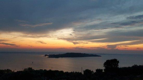 San Feliciano, Italia: 20160911_194937_large.jpg