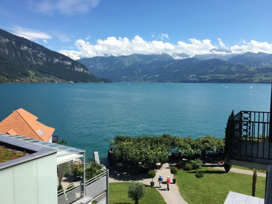 Gunten, Swiss: Not full on but a view of the lake nevertheless