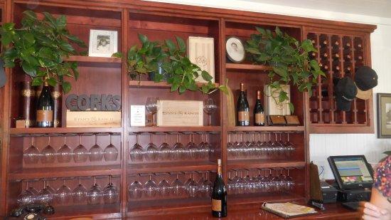 Los Olivos, CA: Evan's Ranch Tasting Room