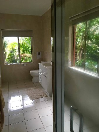 Mooloolah Valley, Australia: Loo with a view