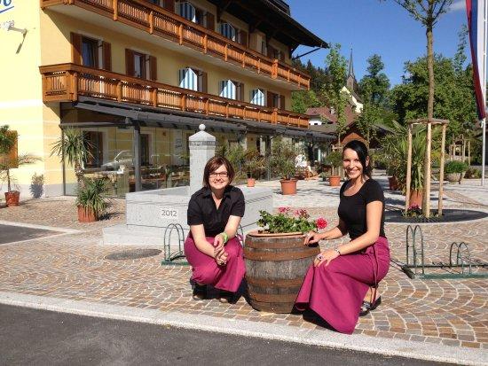 Ledenitzen, Австрия: Unsere Service-Mädels. Freundlich, flott.