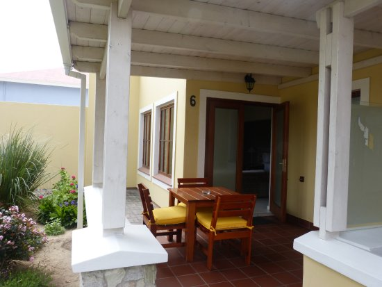 Cornerstone Guesthouse: Terrasse