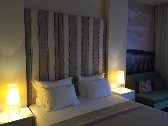 Sadot Hotel: Cosy room