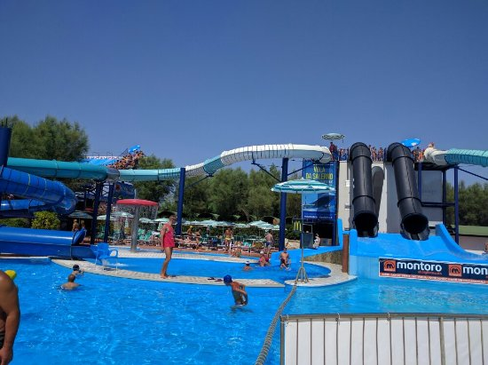 photo0.jpg - Foto di Isola Verde Acqua Park, Pontecagnano Faiano ...