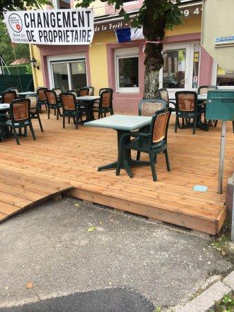 Celles-sur-Plaine, França: Aux Amis De La Foret