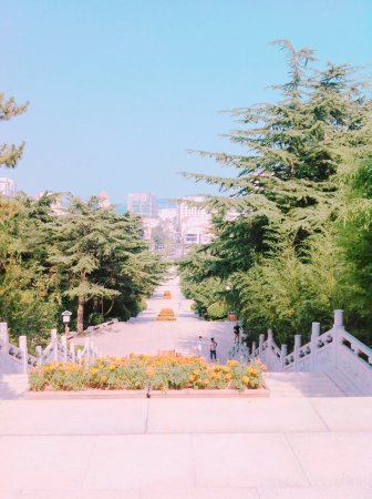 Weihai Huancui Tower Park: photo2.jpg
