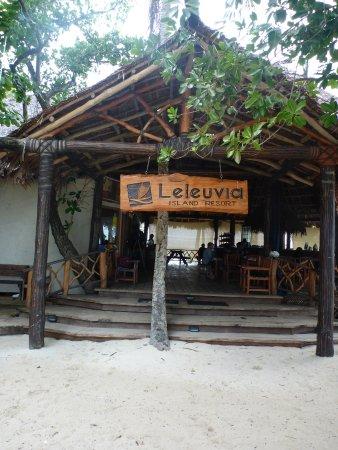 Leleuvia Island, Fiji: Entrance to shared area and dining hall