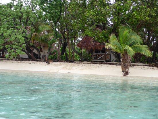 Leleuvia Island, Fidżi: Beach Front Bure
