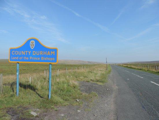 Glossop, UK: Frontier!